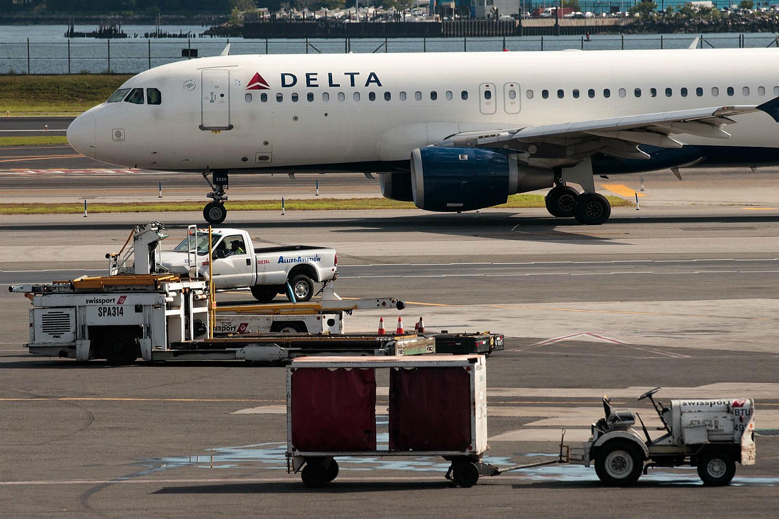 Delta Air_Drew Angerer/Getty